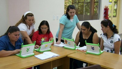 Caacupé teacher training. Photo by Rodolfo D. Arce S.